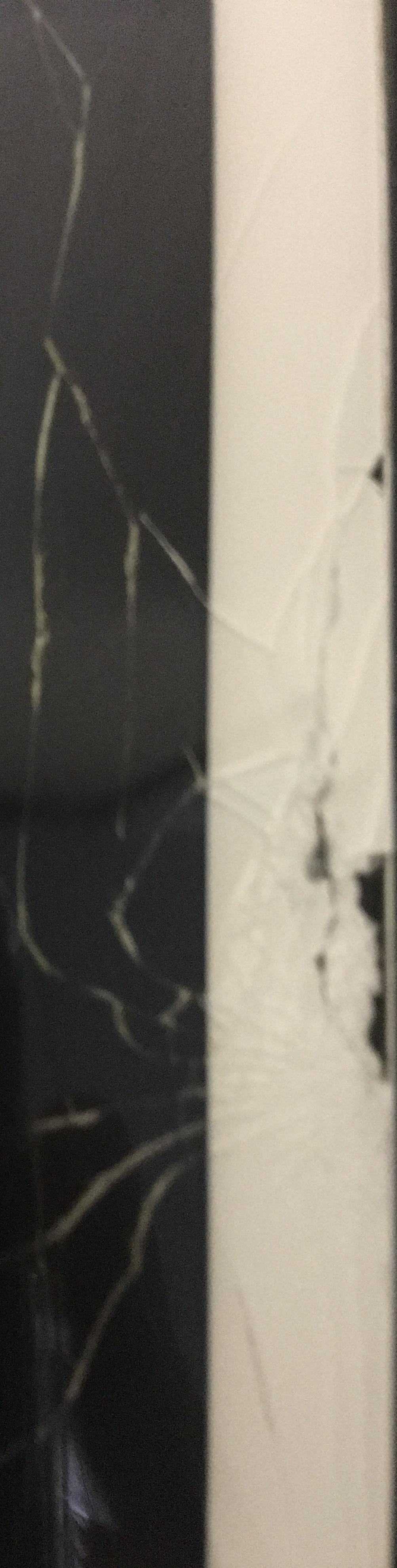 粉々に砕け散ってしまったiPad Airの画面
