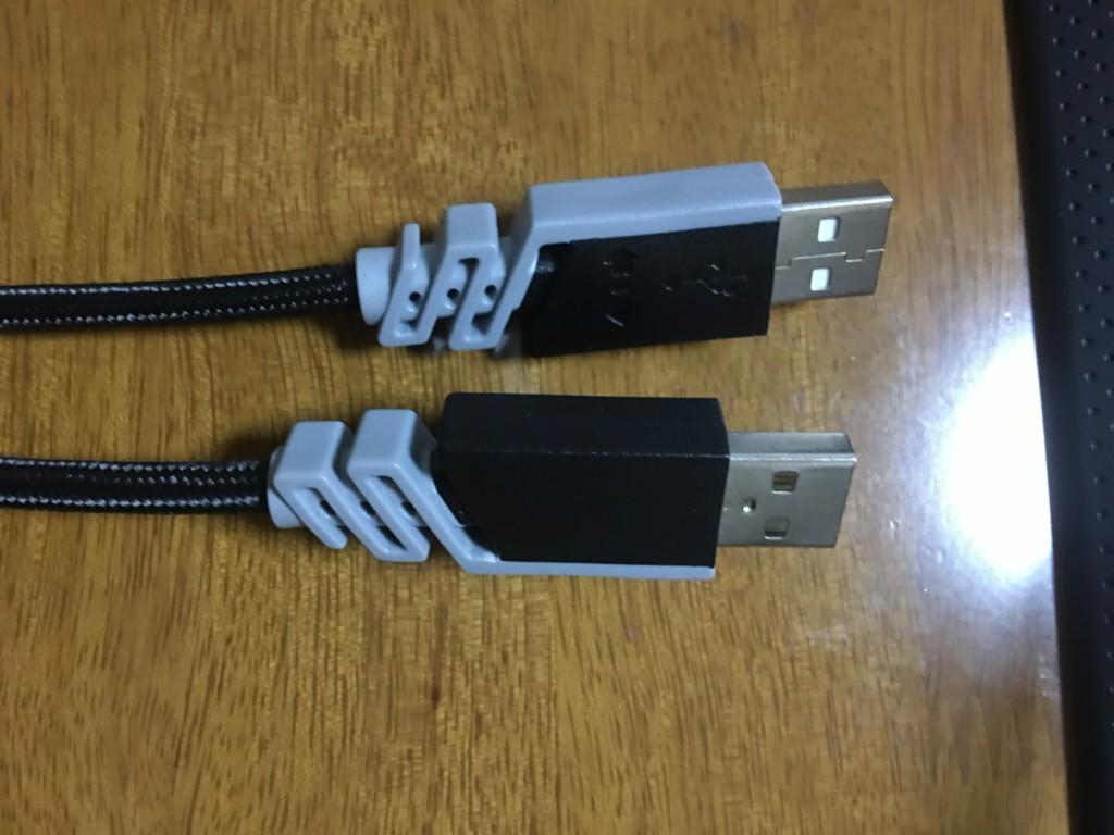 USBが2つ付いている