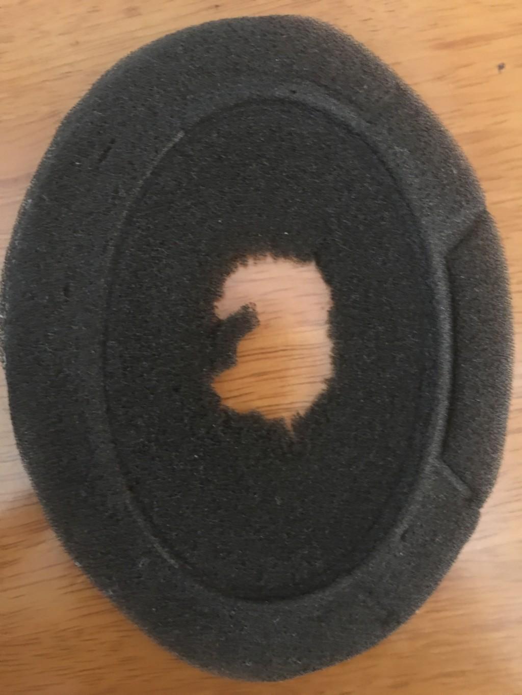 ゼンハイザーヘッドホンHD650のイヤーパッドフィルターがボロボロになってしまっていた